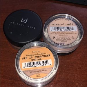 BareMinerals Mineral Veil & Foundation medium